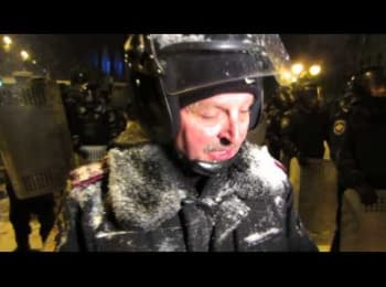 Интервью з полковником ВВ МВС України на вул.Грушевскького