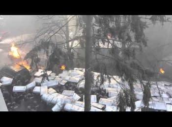 Прорив барикади на Інститутській / Breakthrough barricades on Instytutska Str