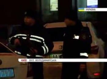 ДАІ з автоматами в середмісті Києва