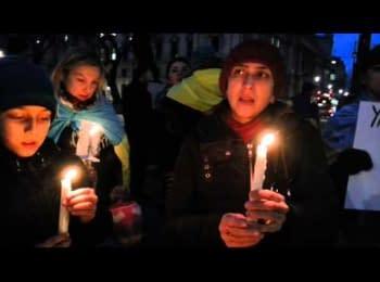People gather to honor Kiev's dead in London