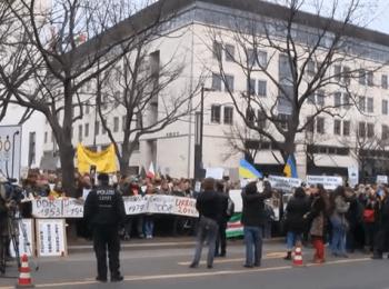 Мітинг у Берліні проти російської агресії щодо України (02.03.2014)