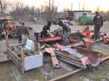 Українську військову техніку заблокували у Луганській області (15.03.2014)