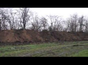 Бетонні блоки і рови на українсько-російському кордоні