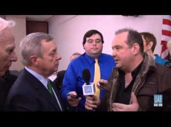 Американський сенатор Дік Дербін дав коротке інтерв'ю після своєї поїздки до України