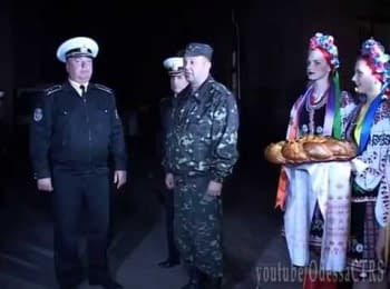 Military Academy of Odessa met cadets from Sevastopol, on April 05, 2014