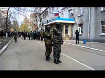 У Слов'янську будують барикади, 12.04.2014
