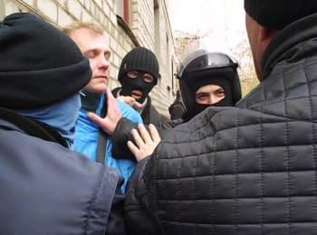 Слов'янськ, Донецька область, 12.04.2014. Без коментарів
