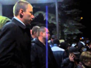 Жителі Краматорська представнику «Донецької республіки»: Ти хто такий?