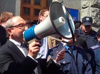 Мэр Харькова просит ВР принять закон о местных референдумах