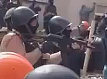 «AK» against the stones: in Odesa the separatists shoot at Ultras (football fans) from rifles, on May 2, 2014