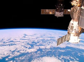 ISS / Earth