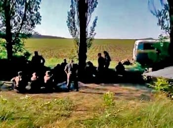 Ukrainian soldiers in Volnovakha a day before attack of extremists (18+ Explicit language)