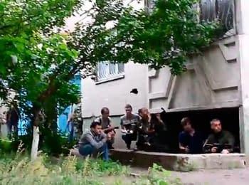Смерть боевика. Луганск, 02.06.2014 (18+)