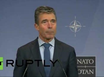 Андерс Фог Расмуссен выступает по итогам заседания министров обороны в штаб-квартире НАТО в Брюсселе