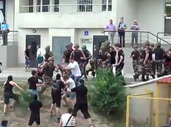A fight near consulate of Russia in Odesa, on June 16, 2014 (18+ Explicit language)