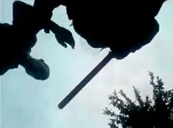 У Харкові міліція побила журналіста, під час прямої трансляції, 22.06.2014 (18+ нецензурна лексика)