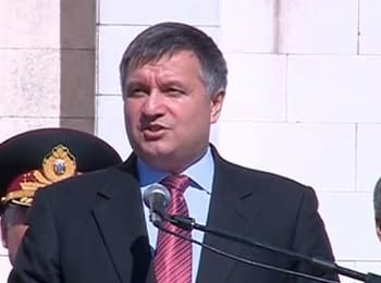 Avakov: Without personal protective equipment did not allow access to the zone of the anti-terrorist operation (June 27, 2014)