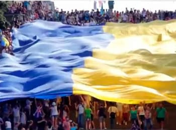 In Odesa during celebration of the Constitution day took place «Mega march of Vyshivanka» (on June 28, 2014)