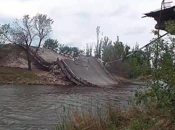 Інженери ставлять міст біля Семенівки