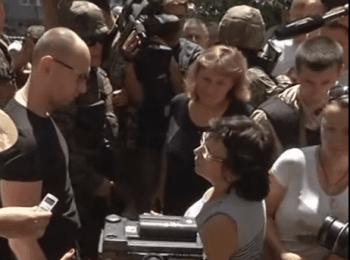 Яценюк відвідав Слов'янськ (16.07.2014)