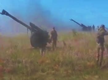 Russian artillery shelled Ukraine (18+ Explicit language)