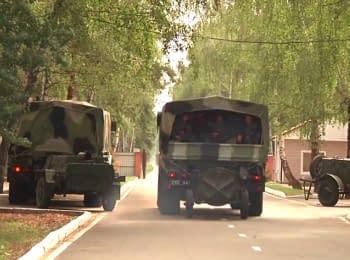 Військовослужбовці Націгвардії на новій броньованій техніці відбули у зону АТО