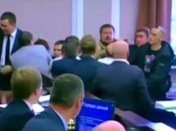 Засідання Київради: Мосійчук хотів побити Кличка (04.09.2014)
