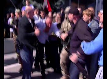В Одесі побили народного депутата Нестора Шуфрича