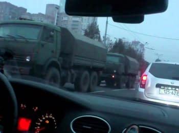 Колона військової техніки бойовиків в Донецьку, 01.11.2014