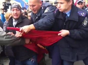 Сутичка між патріотично налаштованими громадянами та комуністами у Мелітополі
