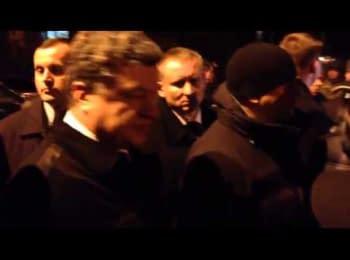 Петро Порошенко зустрівся з ультрас перед розмовою з Платіні