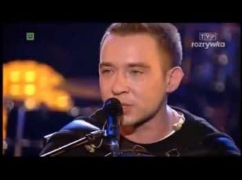 """Польський гурт """"Еней"""" присвятив пісню """"Біля тополя"""" українським військовим, які загинули за Україну"""