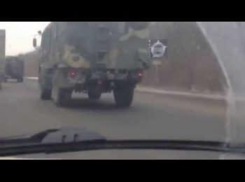 Колонна российских войск движется в направлении Украины, Ростовская область, трасса М-4, 02.02.2015