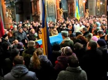Farewell for a fallen paratrooper in Lviv