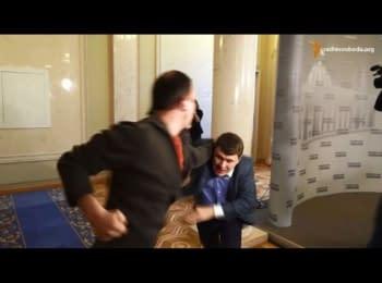 Deputies Sobolev and Ivchenko scuffled at the lobby of Verkhovna Rada