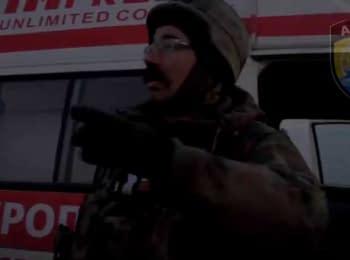 """Эвакуация раненых бойцов """"Азова"""" из Широкино"""
