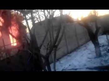 Terrorists looting in Debaltseve