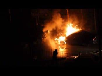 Взрыв в Одессе - горят два автомобиля, 22.03.15