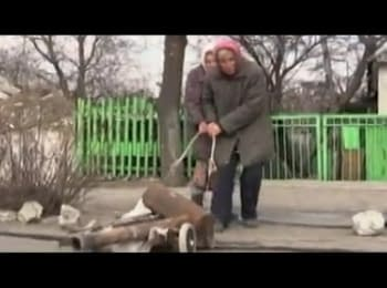 How people survive in destroyed villages around Donetsk airport