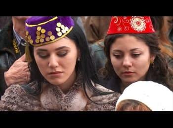 Близько сотні кримських татар прийшли підтримати телеканал ATR