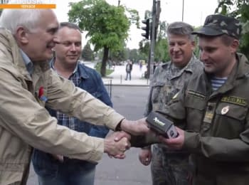 Американцы помогают украинским артиллеристам
