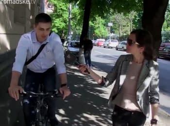 """Expensive deputies"": Bicycle in deputy's wardrobe, Lexus vs Zaporozhets and an everyday life of ""Svoboda"""