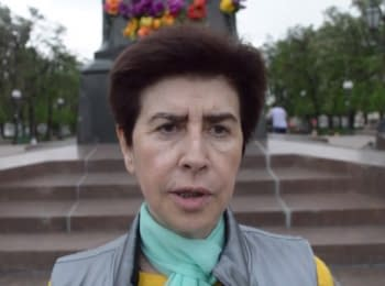 To wake up the society: activists continue to go on single pickets in Moscow