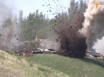 """Бойовики з артилерії обстрілюють позиції батальйону """"Донбас"""" в Широкиному"""