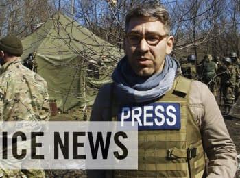 """VICE News: Російські солдати роблять """"селфі"""" в Україні"""