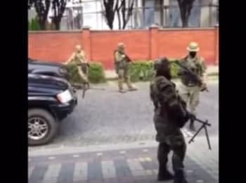 """Right Sector"" in Mukacheve - beginning of the shootout"