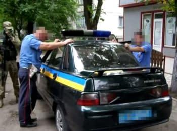 У Волновасі на хабарі затримано двох працівників ДАІ