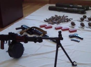 СБУ припинила діяльність угруповання, що завозило зброю в Чернігів