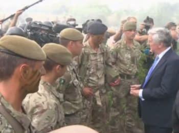 Майкл Фэллон на украинском полигоне пообещал поддержку