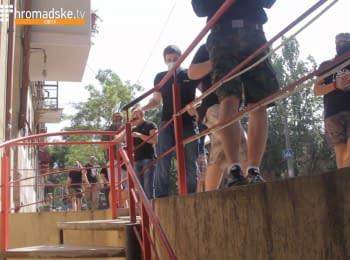 """Attack on the""""Odessa-Pride"""": ultras hurled Qeerhome Odessa center with firecrackers"""